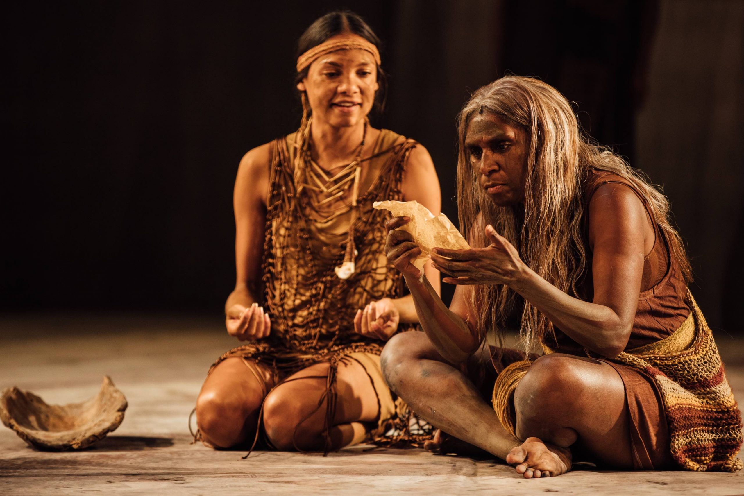 The Secret River at Edinburgh International Festival_L to R Dubs Yunupingu and Elma Kris_Photo by Ryan Buchanan