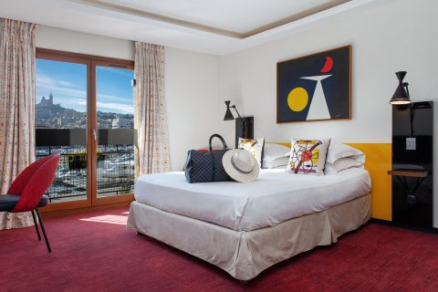 Deluxe room in La Residence du Vieux Port Hotel, Photo: @Bestarchidesign