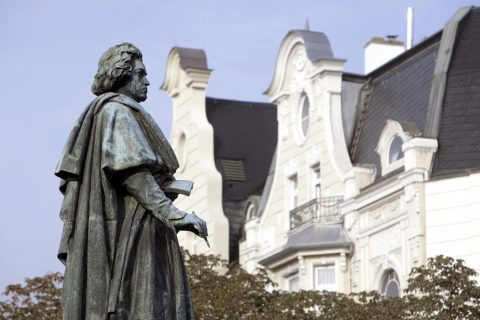 Franz Liszt and Robert Schumann helped in the effort to have Beethoven's statue erected in Bonn's Münsterplatz. © Michael Sondermann