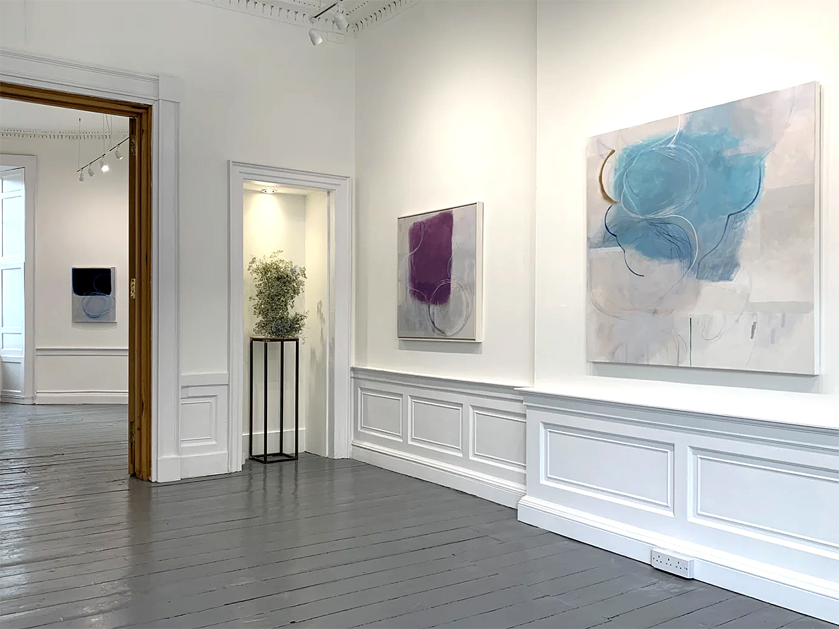 Ele Pack, 'Made of Air', exhibition view