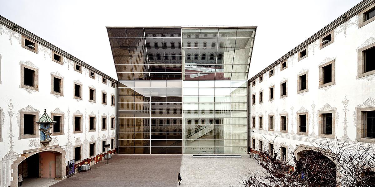 Centro de Cultura Contemporánea de Barcelona (CCCB) © Adrià Goula, 2011
