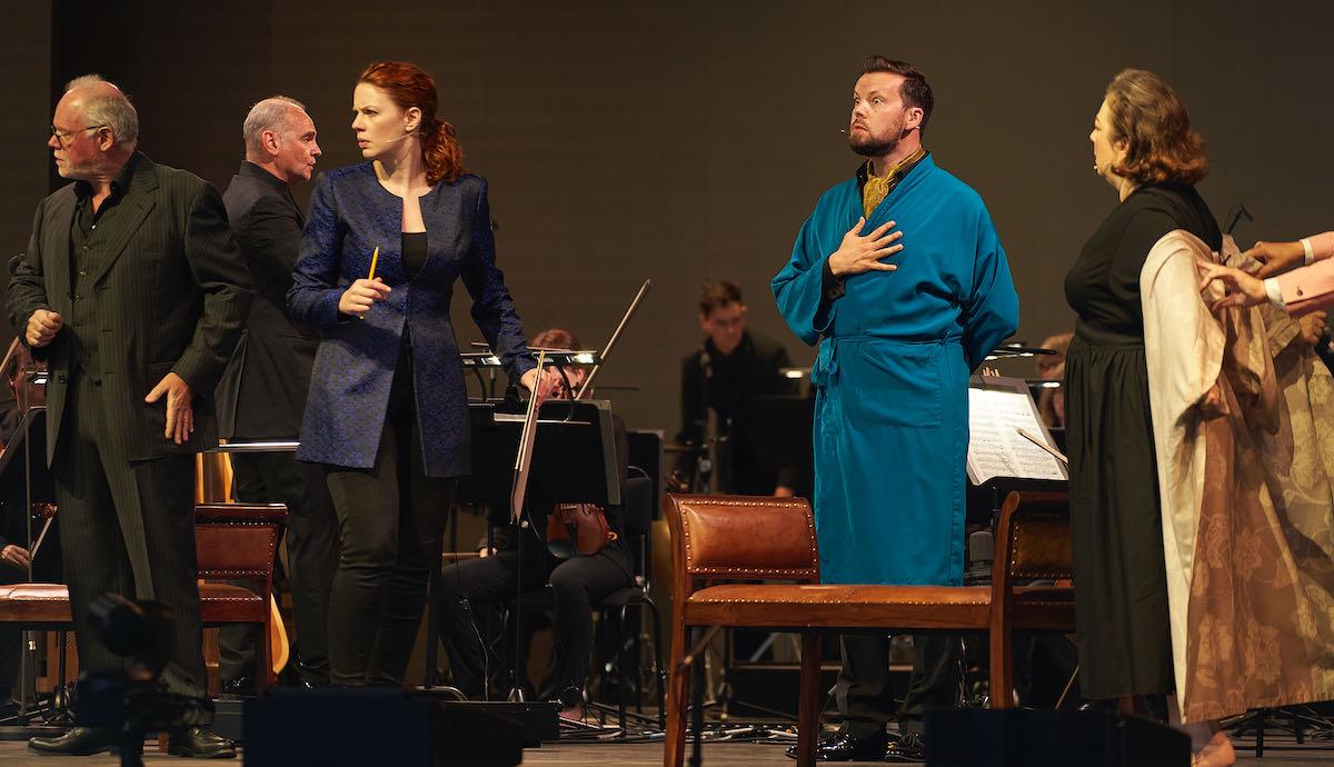 Lothar Koenigs conducts Ariadne auf Naxos performed at Edinburgh Academy venue.
