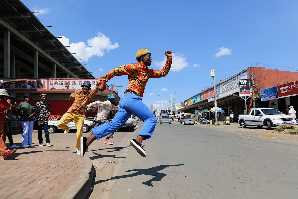 Dancing in the Streets: Gregory Maqoma Retrace Retract (c) Moeletsi Mabe