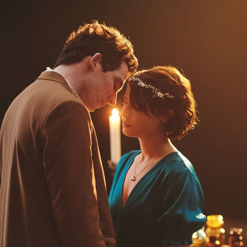 Jessie Buckley and Josh O'Connor play Juliet and Romeo in the National Theatre 's production